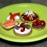 Homemade Cracker Toppings That Are Under 20 Calories