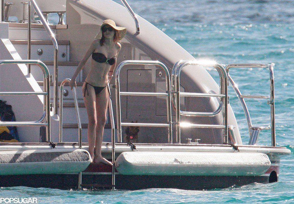 Miranda Kerr rang in 2010 on a yacht in St. Barts with Orlando.