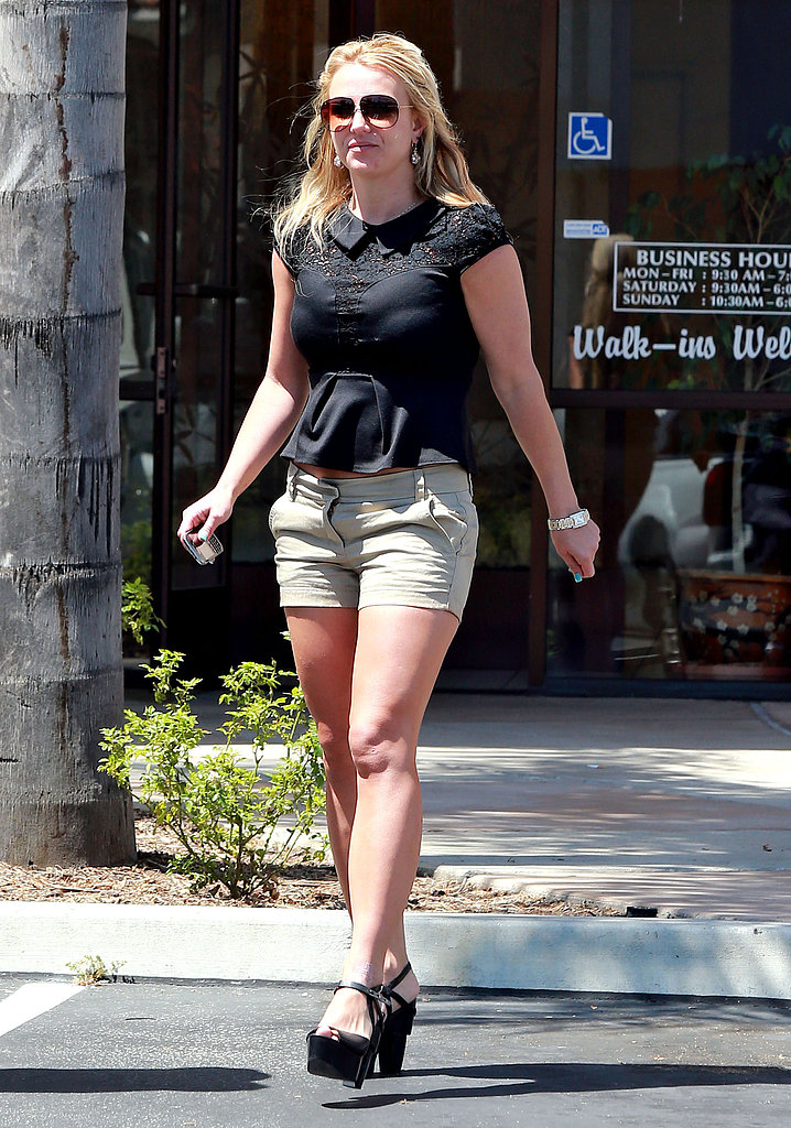 Britney Spears visited a nail salon over the weekend.
