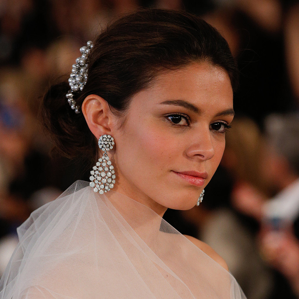 The Classic Bridal Look You've Been Waiting For at Oscar de la Renta
