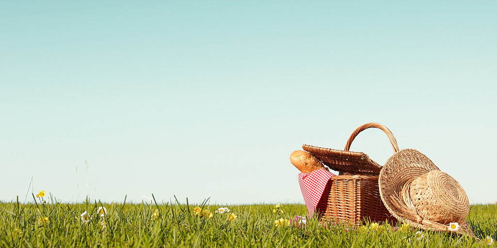 Plan a Picnic to Celebrate Spring