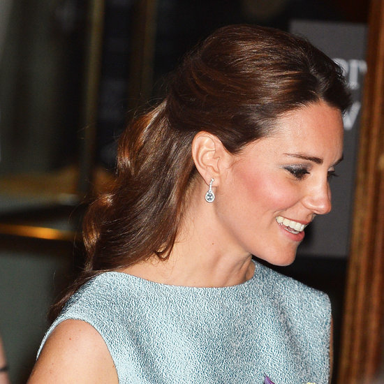 kate middleton half up hairstyle pictures