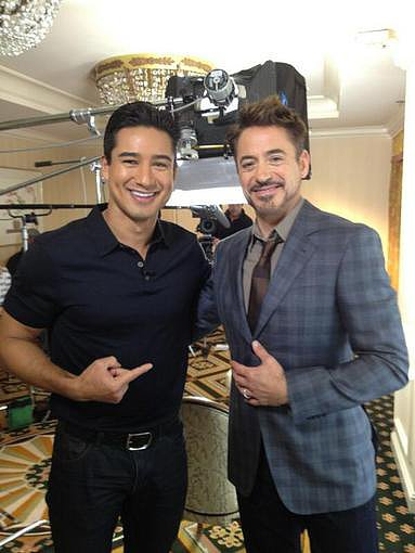 Robert Downey Jr. met up with Mario Lopez for an interview. Source: Twitter user MarioLopezExtra