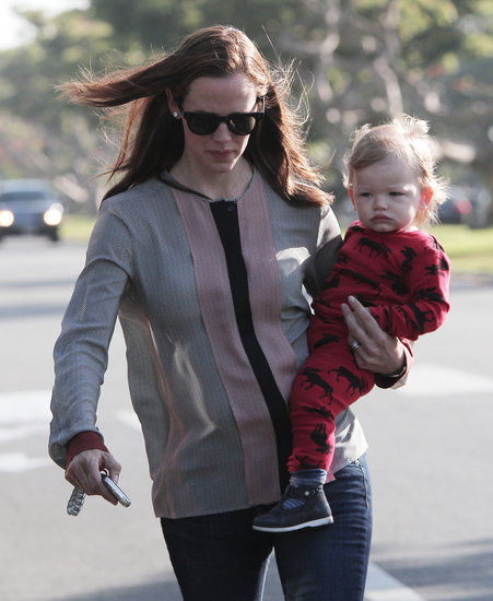 Jennifer Garner Kicks Off Her Weekend With Sleepy Samuel