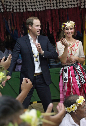 The couple danced in Tuvalu, with Kate wearing a gorgeous embroidered Alice by Temperley dress.