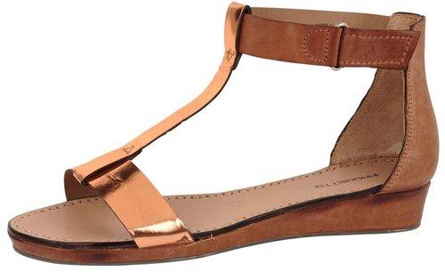 Progetto Metallic T-Strap Sandal