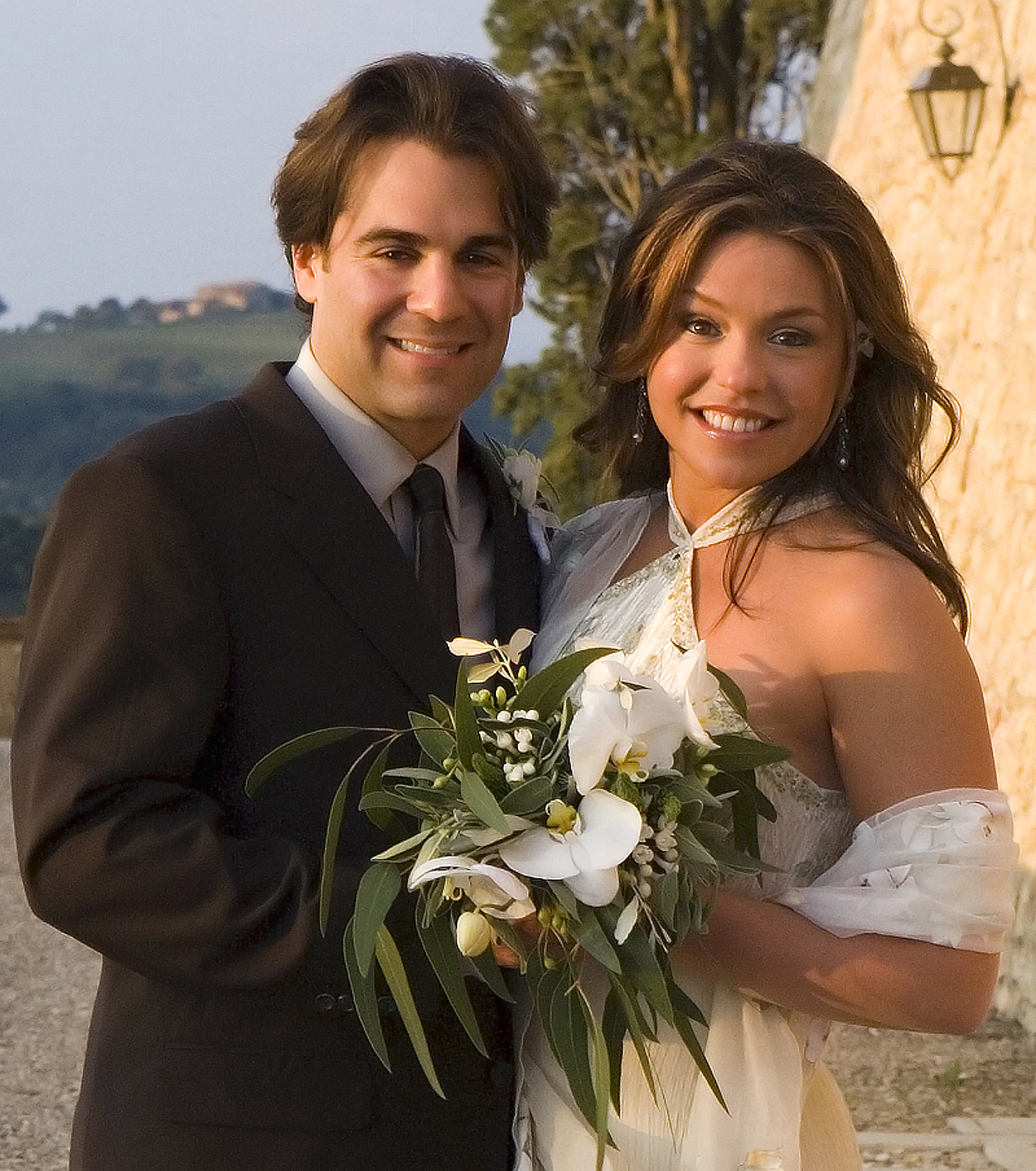 Rachael Ray wed John Cusimano in September 2005 in Italy.