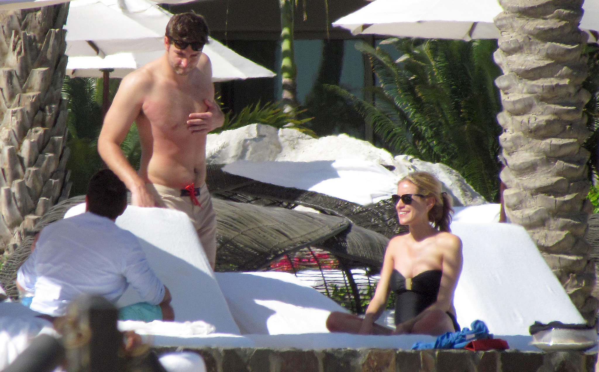 In March 2012, a then-pregnant Kristin Cavallari soaked up the sun with Jay Cutler in Cabo San Lucas, where they attended pal Kendhal Beal's wedding.