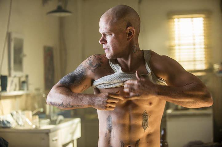 Matt Damon as Max De Costa In Elysium, Matt Damon dives right into the future (and our hearts) with a noticably bulked-up build and those classic good looks. Apparently, not even a shaved head can distract from how handsome he is.