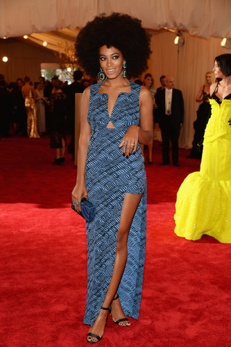 Solange Knowles stuck to her love of prints in a blue asymmetrical custom Kenzo dress and Lorraine Schwartz jewels.