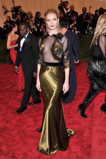 Rosie Huntington-Whiteley was sheer sexiness in her Gucci gown.