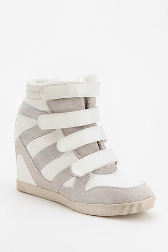 BDG Quarter-Strap High-Top Wedge-Sneaker