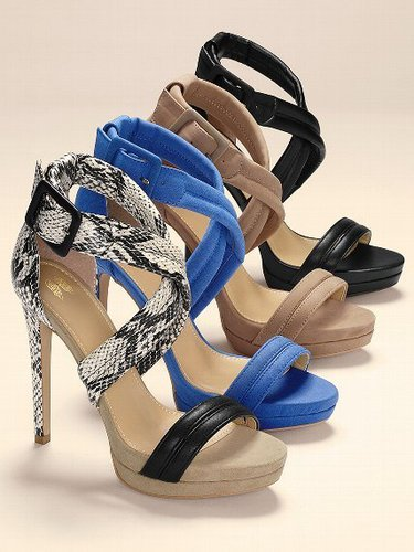 VS Collection Cross-strap Sandal