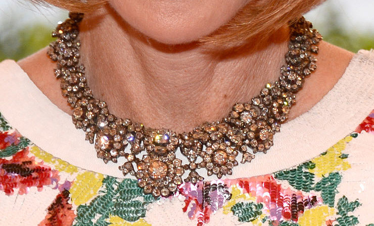 Anna Wintour wore an intricate diamond collar.