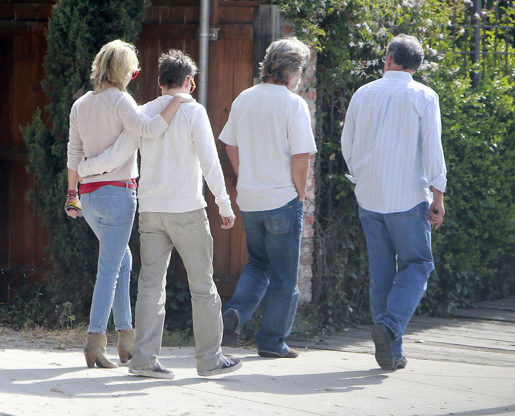 Kate Hudson and Matthew Bellamy held each other during a winery tour in Santa Barbara, CA.