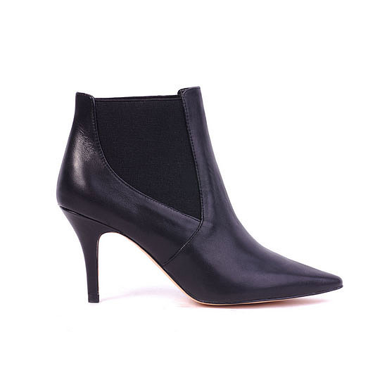 These boots are perfect for the days I transition from work to play — classic and black with a tolerant stem! I'm picturing them with a simple tee, a-line skirt and tights. — Stephanie, beauty and health & fitness journalist Boots, $149.95, Siren