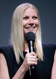 Inside Gwyneth Paltrow's Night at the Apple Store