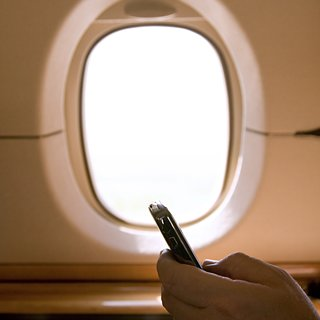 Turning Off Electronic Devices on Airplanes