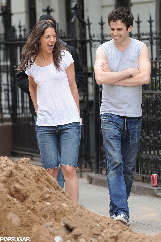 Katie Holmes on the Set of Mania Days in NYC | POPSUGAR ... Katie Holmes Friends