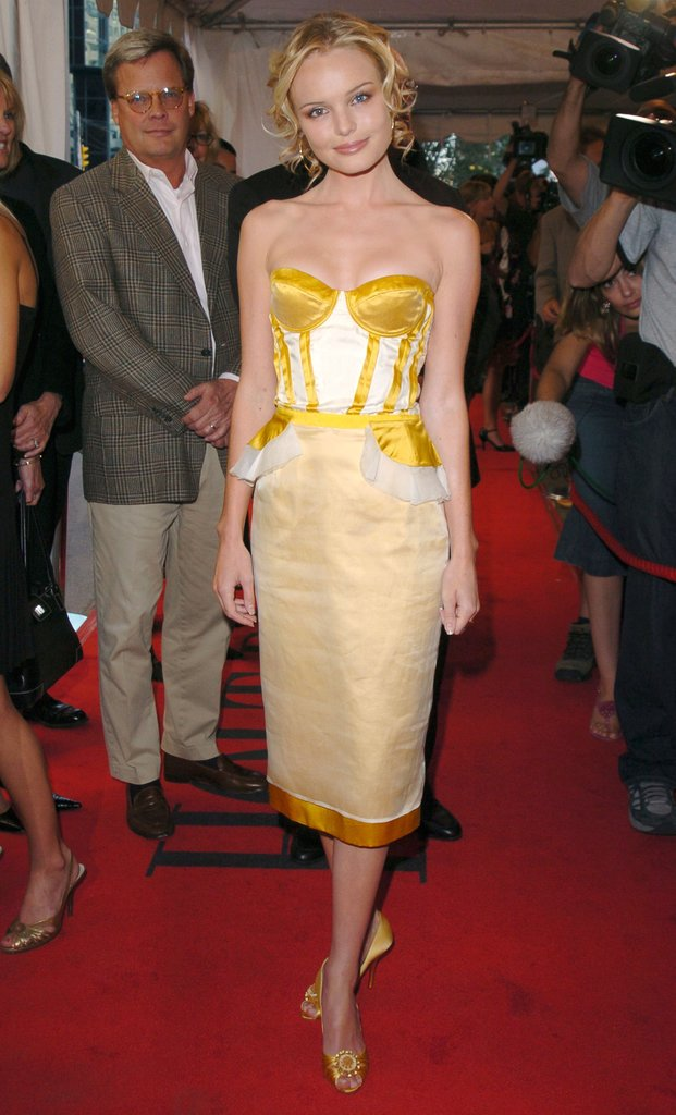 At the 2004 Toronto International Film Festival, Kate stepped out in a corseted, not-so-mellow yellow Proenza Schouler creation, coordinating jeweled peep-toes, and face-framing curls.