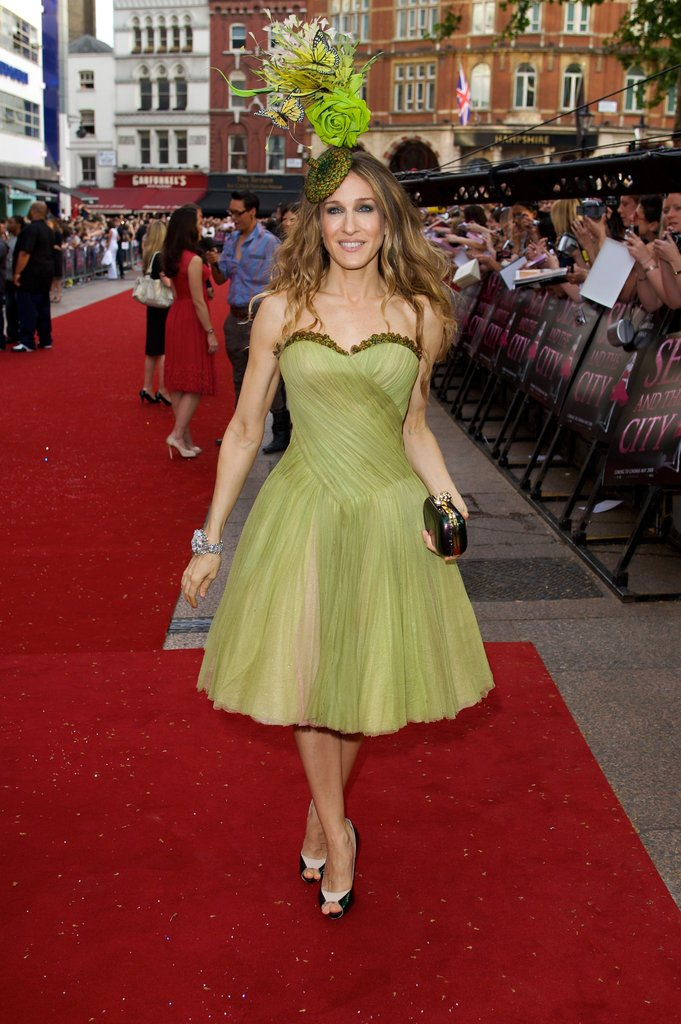 Leave it to SJP to turn up the creativity factor at the 2008 London premiere of Sex and the City: The Movie. The leading lady topped her strapless pistachio-hued party dress by Alexander McQueen with a head-turning Philip Treacy headpiece, black box clutch, and colorblocked pumps.