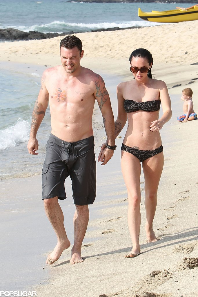 In June 2010, Megan Fox showed off her abs on the beach with Brian Austin Green in Kona.