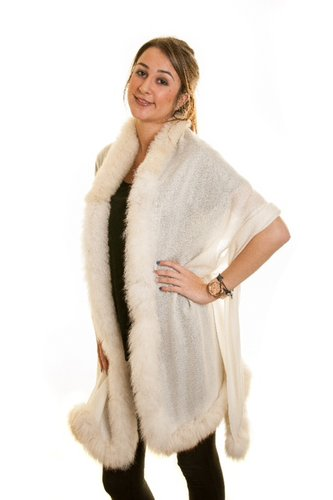 Fine-Pashmina Shawl with Ivory Fox Fur