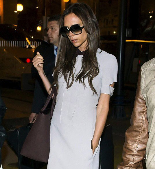 Victoria Beckham stuck to her signature oversize sunglasses and looked insanely chic doing it. To achieve Victoria's sophisticated look, get these Kate Spade New York oversize sunglasses ($138).