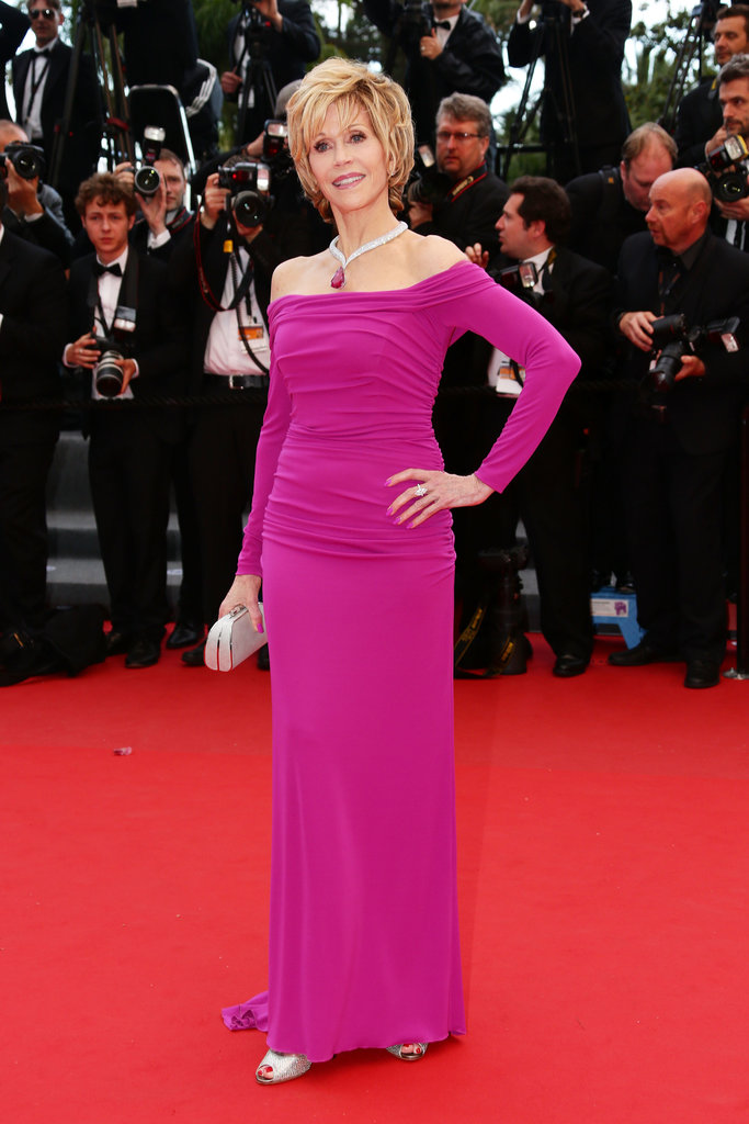 Jane Fonda donned a long-sleeved formfitting Badgley Mischka gown in a girlie fuchsia hue with a matching Chopard necklace for the Inside Llewyn Davis premiere.