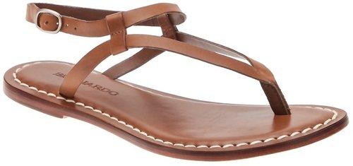 Bernardo Thong strap flat sandal