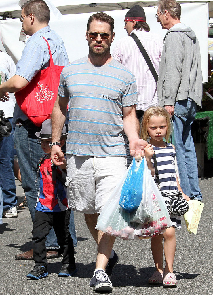 Jason Priestley took his kids, Dashiell and Ava, to the farmers market in LA.