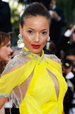 Selita Ebanks worked the Blood Ties red carpet at Cannes rocking a slicked-back style that showed off her flawless makeup look.