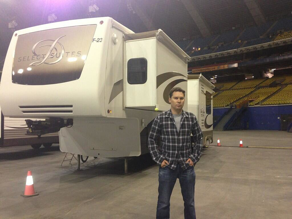 Director Bryan Singer posed in front of his sweet trailer. Source: Twitter user BryanSinger