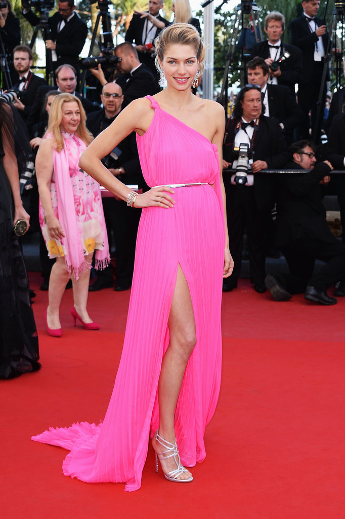 Jessica Hart wore Emilio Pucci at the Cannes premiere of Cleopatra.