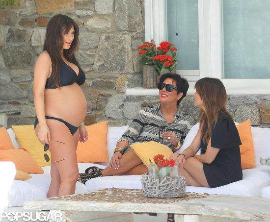 English: Kim Kardashian Bikini US Weekly Magazine