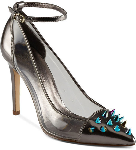 Truth or Dare by Madonna Shoes, Tinnea Pumps