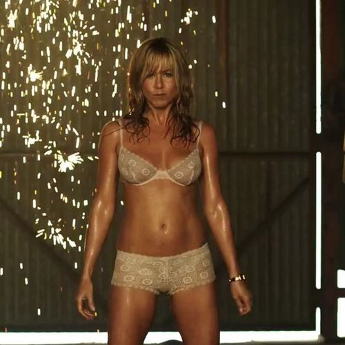 Jennifer Aniston Pole Dancing in We're the Millers | Video
