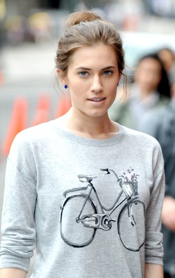 Allison Williams looked majorly adorable in this Joie bicycle sweater ($239, originally $298) while on the set of Girls in NYC. Pair it with your favorite jeans and flats for an impossibly cute weekend look.