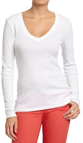 Women's Long-Sleeved V-Neck Tees