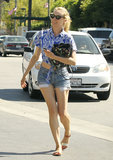 Diane Kruger Starts Summer on a Stylish Note