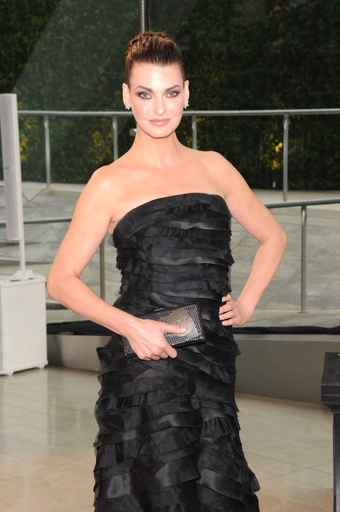 Modeling icon Linda Evangelista stunned in a hazy gray smoky eye and nude lip combination at the CFDA Fashion Awards.