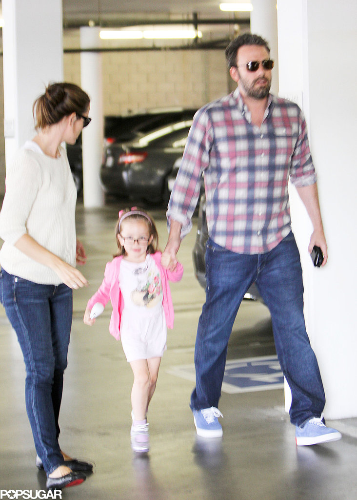 Jennifer Garner Gets Back to Ben and Her Girls
