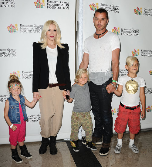 Gwen Stefani and Gavin Rossdale held the children's hands.