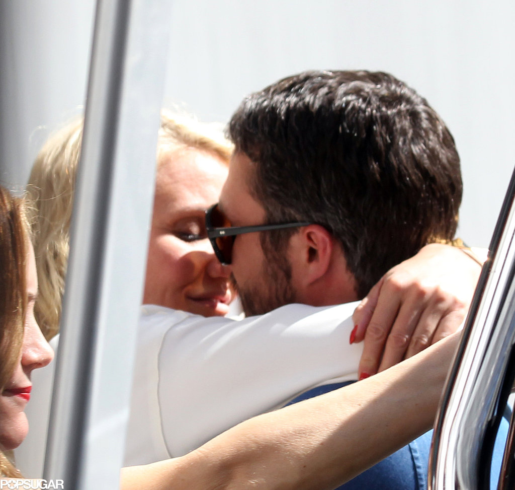 Cameron Diaz kissed Taylor Kinney on set in NYC.