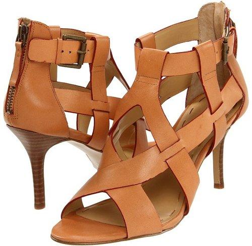 Nine West - GetEven (Natural Leather) - Footwear