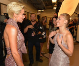 Kellie Pickler chatted backstage with AnnaSophia Robb.