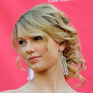 Taylor Swift Hair, Makeup and Beauty Looks Throughout The Years