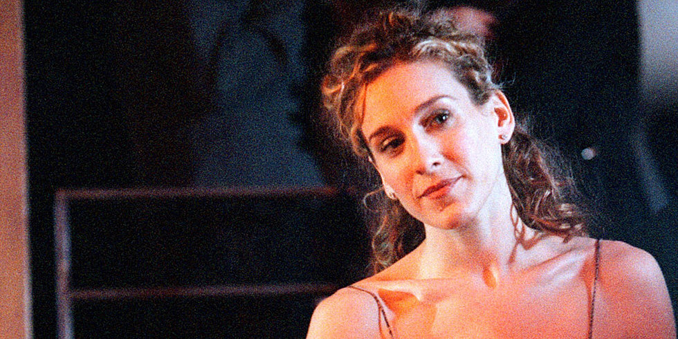 Throwback Thursday: The Many Styles of Carrie Bradshaw's Iconic Mane