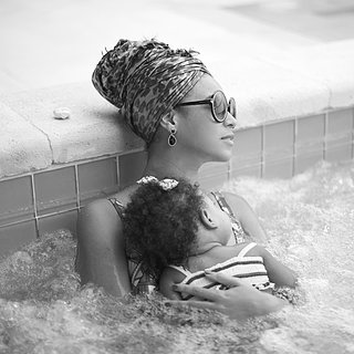 Beyonce and Blue Ivy Carter in a Hot Tub | Pictures