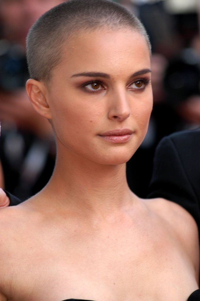 Years before Anne Hathaway took a similar plunge, Natalie shaved her head for her role in V For Vendetta. She accentuated the haircut with a smoky eye and bold brows.